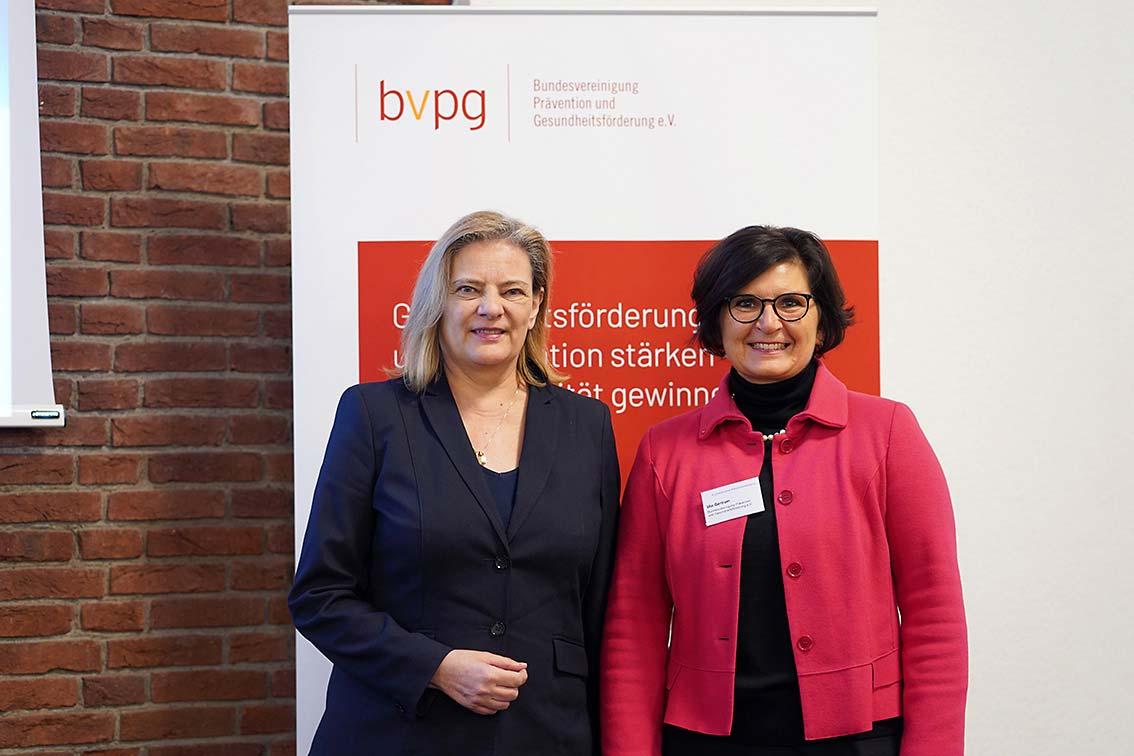 PSt'in Sabine Weiss und Ute Bertram