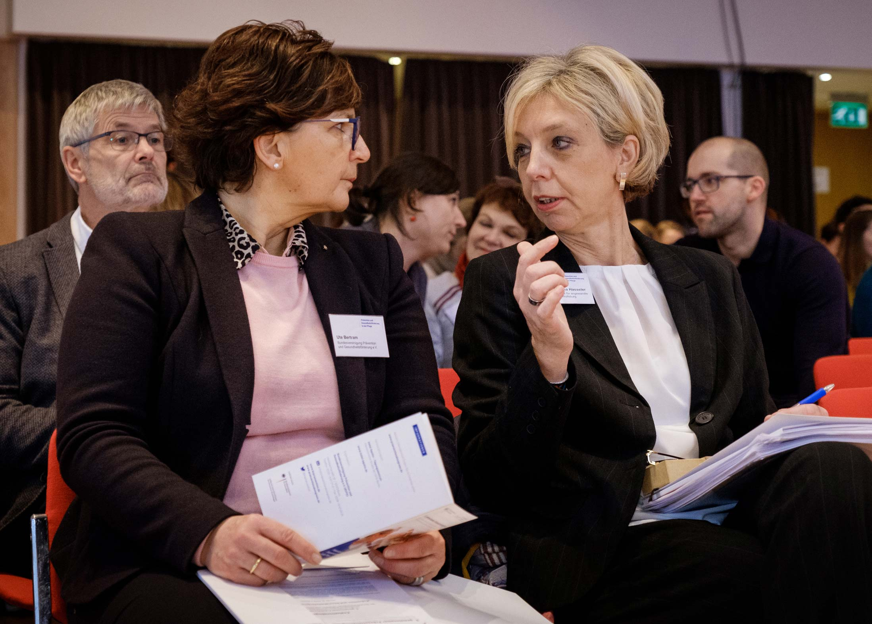 Ute Bertram und Prof. Dr. habil. Martina Hasseler
