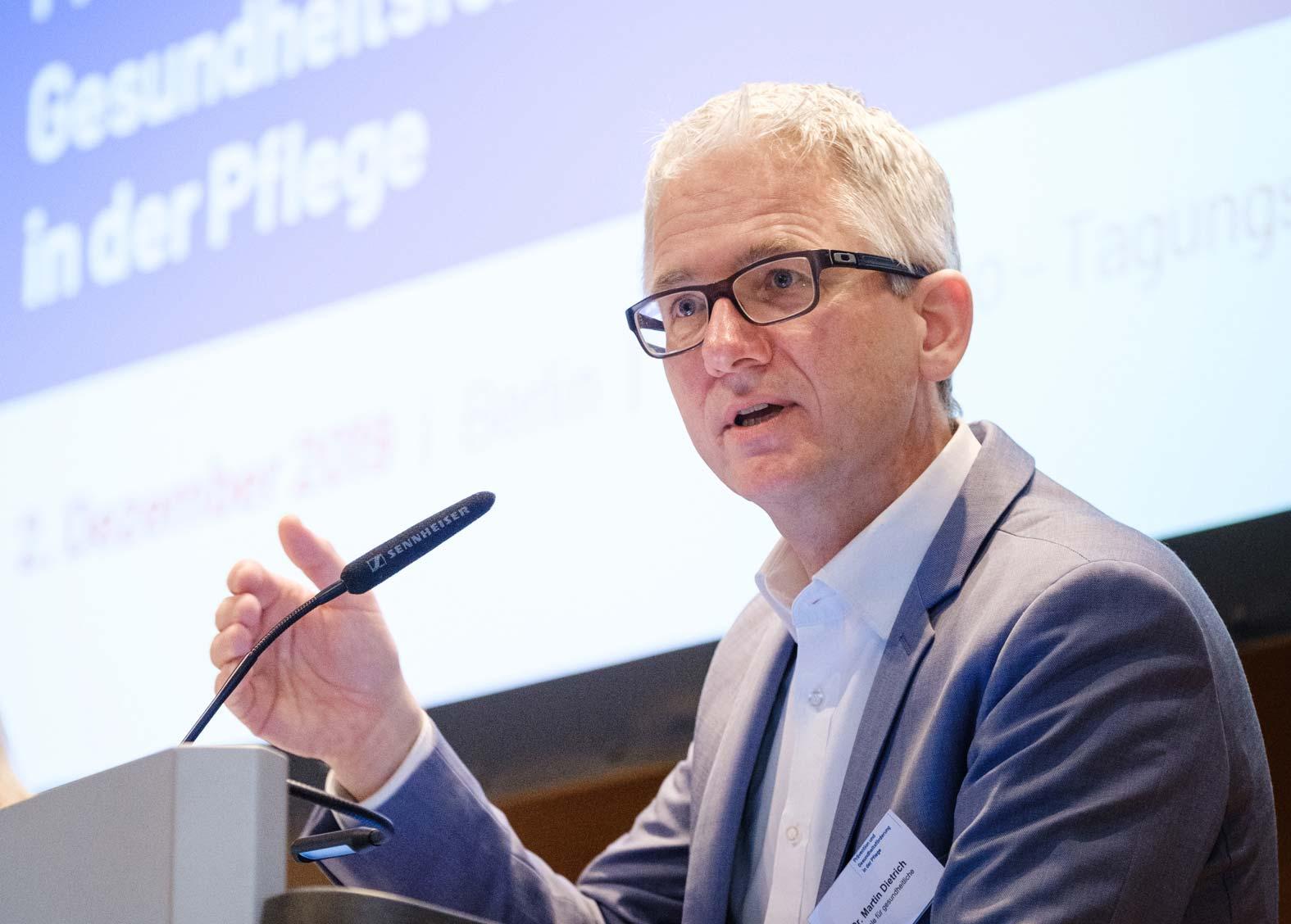 Prof. Dr. Martin Dietrich